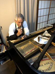 辰巳京子先生ピアノ調律